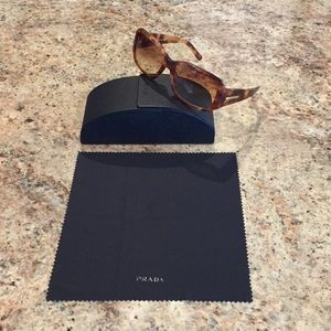 Prada Light Tortoise Sunglasses (SPR14H)